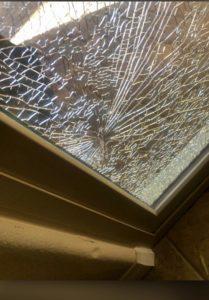 smashing glass2